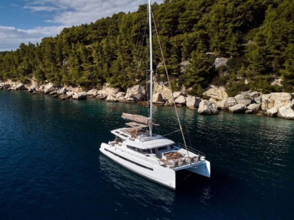 Hire Catamaran with or without skipper  Capo d'Orlando
