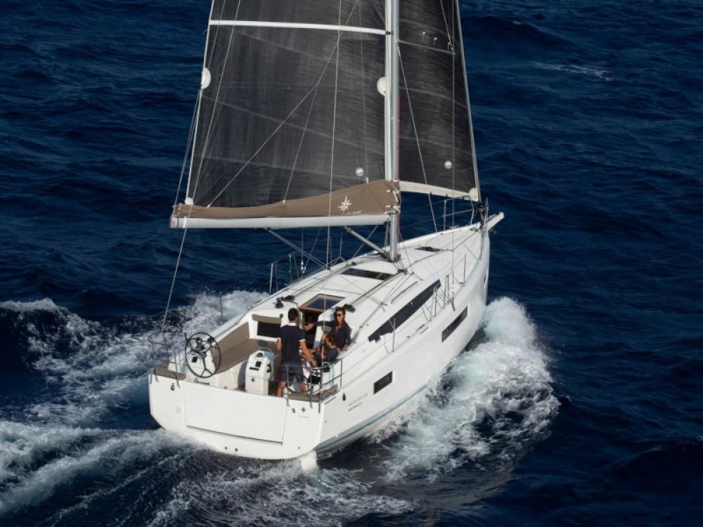 Boat rental Marina Gouvia cheap Sun Odyssey 410