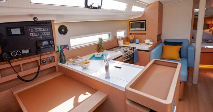 Boat rental Jeanneau Sun Odyssey 410 in Municipal Unit of Lefkada on Samboat