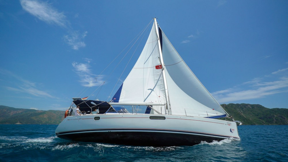 Hire Sailboat with or without skipper Jeanneau Marmaris