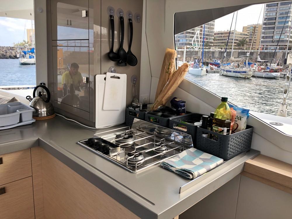 Rental yacht Palma - Fountaine Pajot Lucia 40 on SamBoat