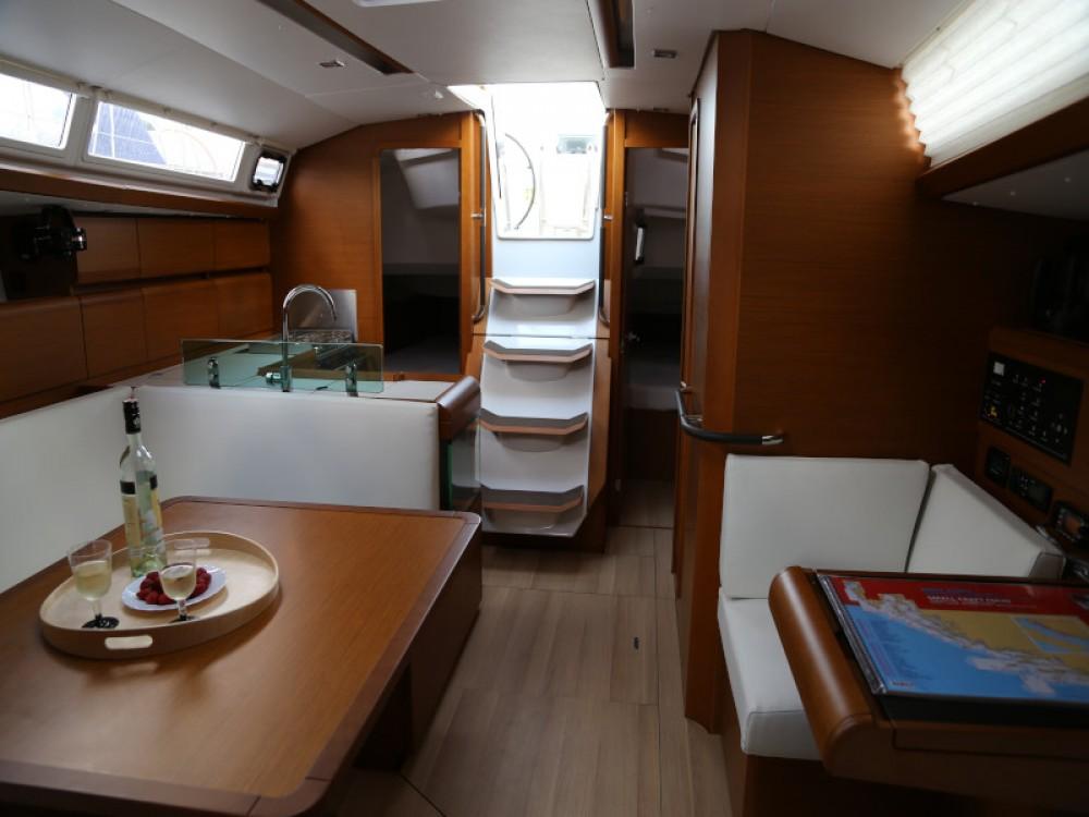 Boat rental Jeanneau Sun Odyssey 419 in Marina Kaštela on Samboat