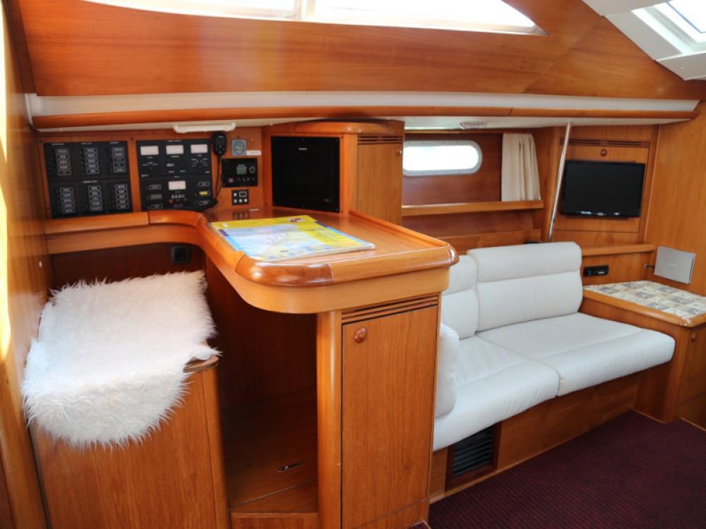 Rental yacht Kaštel Gomilica - Jeanneau Sun Odyssey 49 DS on SamBoat