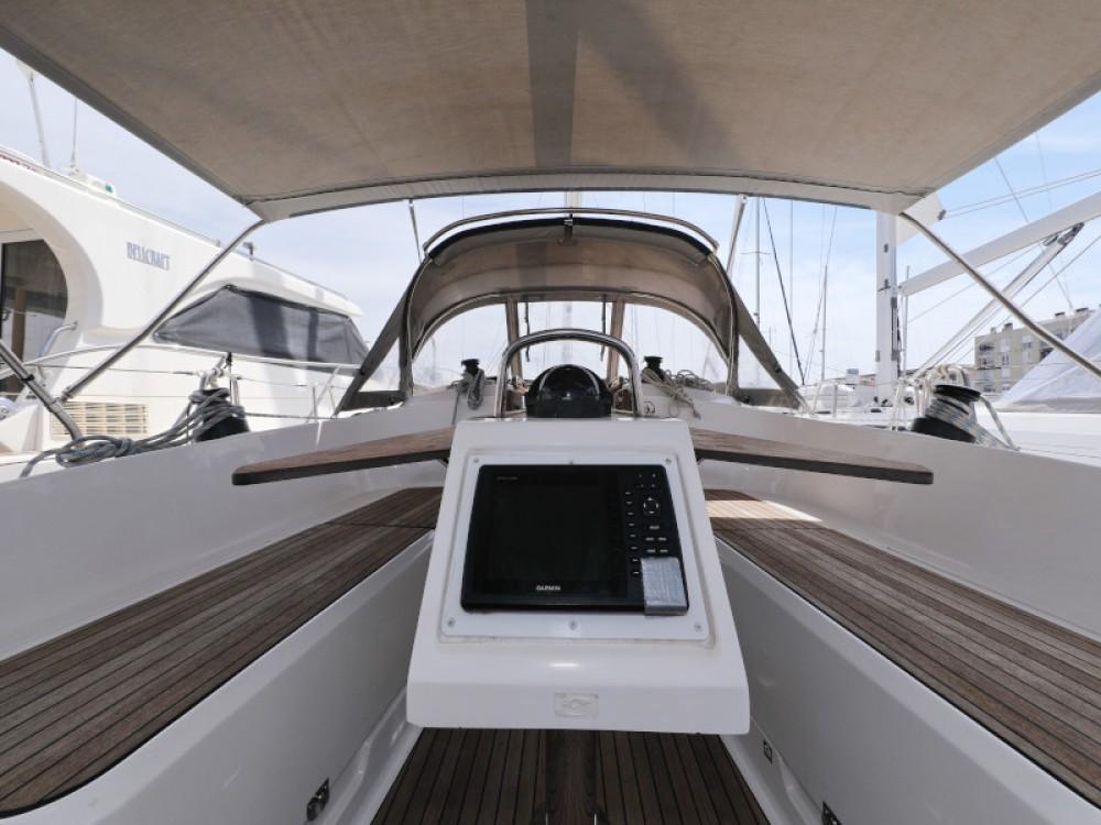 Rental yacht Zadar - Bavaria Bavaria Cruiser 37 on SamBoat