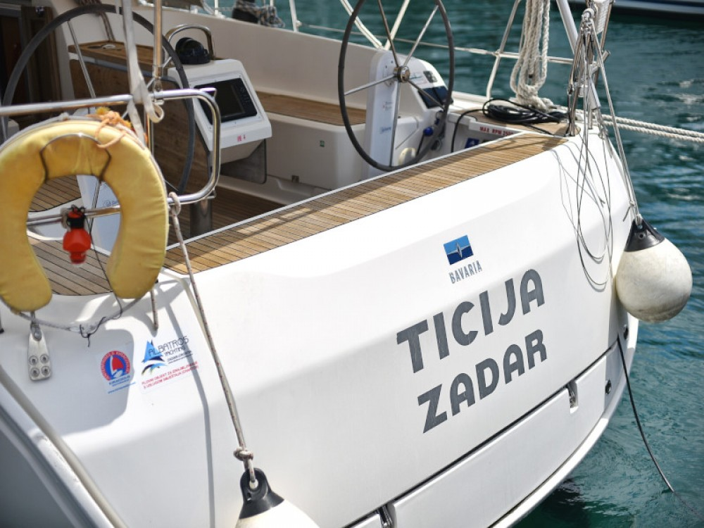 Boat rental Bavaria Bavaria Cruiser 46 in Zadar on Samboat