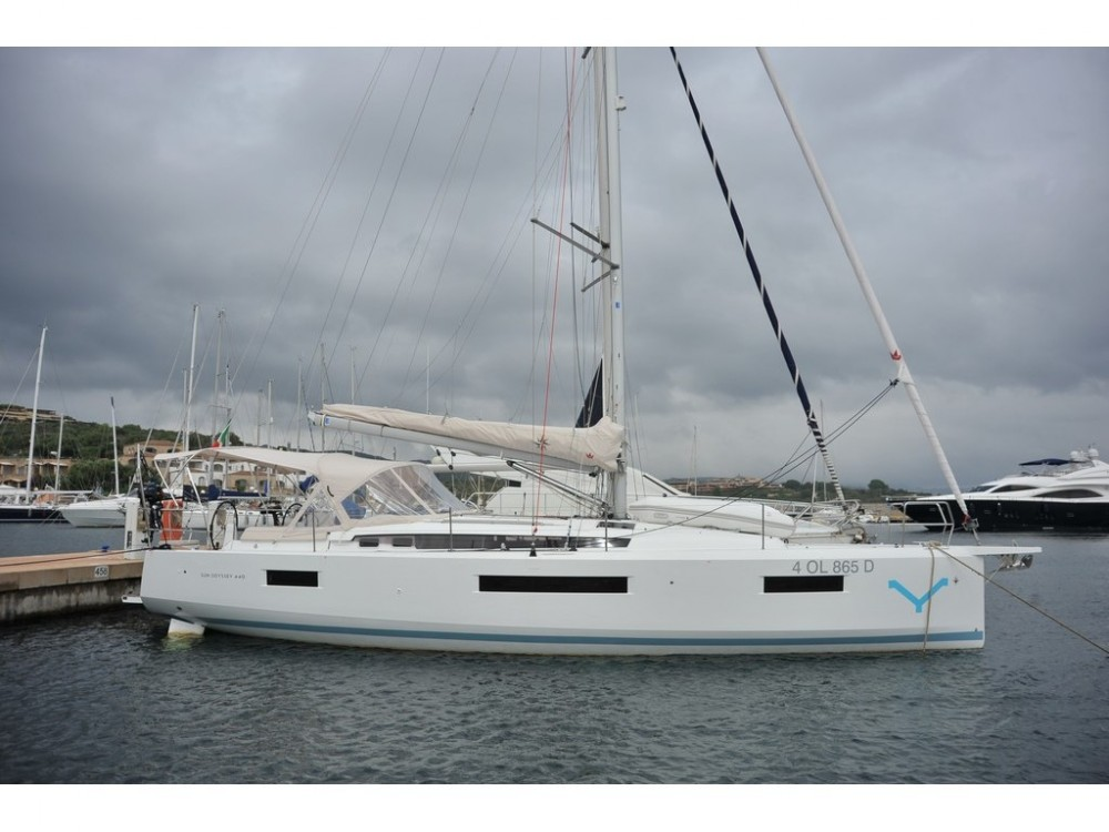 Rental yacht Olbia - Jeanneau Sun Odyssey 440 on SamBoat