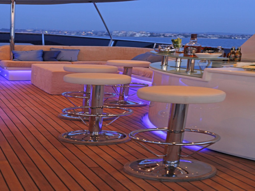 Motoryacht Azmim between personal and professional Bodrum