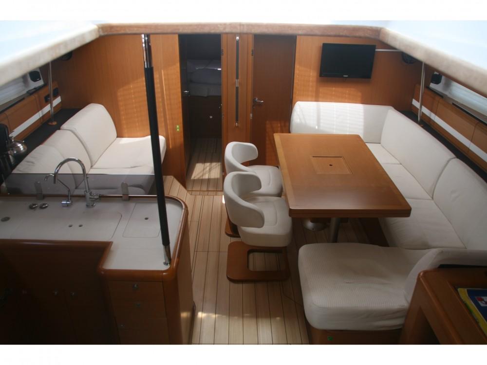 Rental yacht ACI Marina Skradin - Jeanneau Jeanneau 53 (4cab) on SamBoat