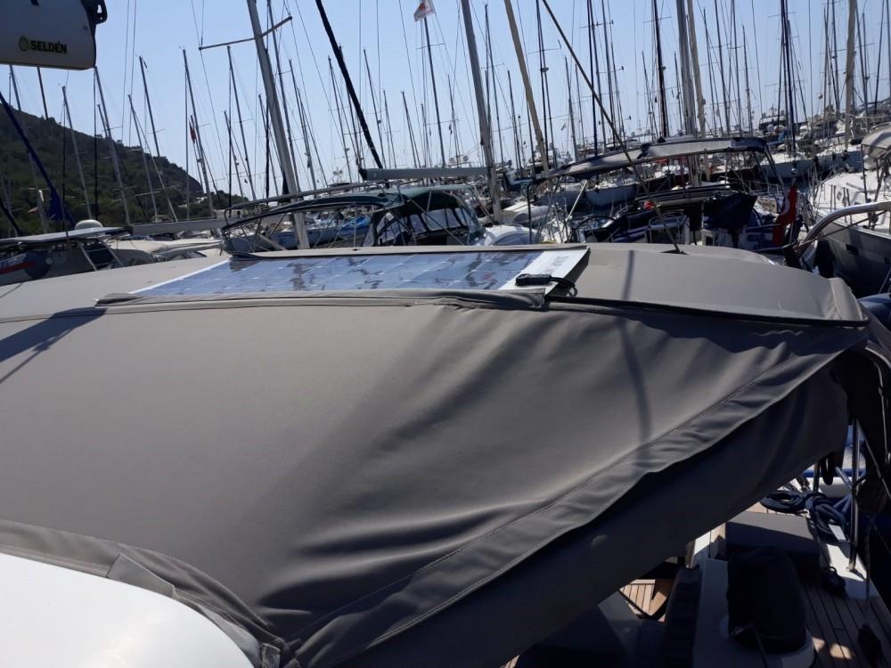 Boat rental Bénéteau Sense 50 in Marmaris on Samboat
