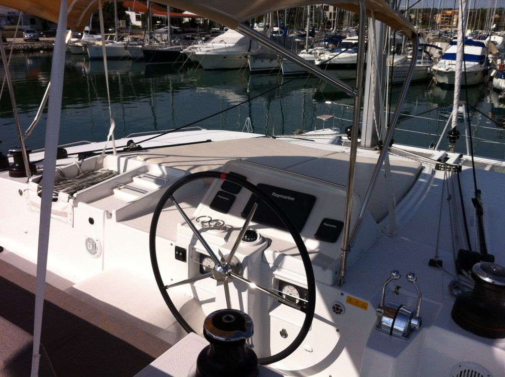 Rental Catamaran in Komolac - Lagoon Lagoon 450