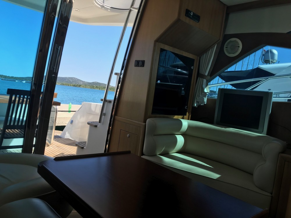 Boat rental Marina Pirovac cheap Galeon 390 Fly