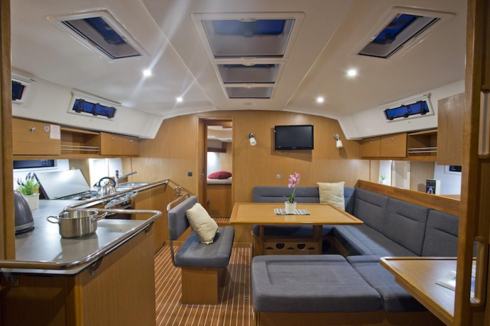 Rental yacht Šibenik - Bavaria Bavaria 45 on SamBoat