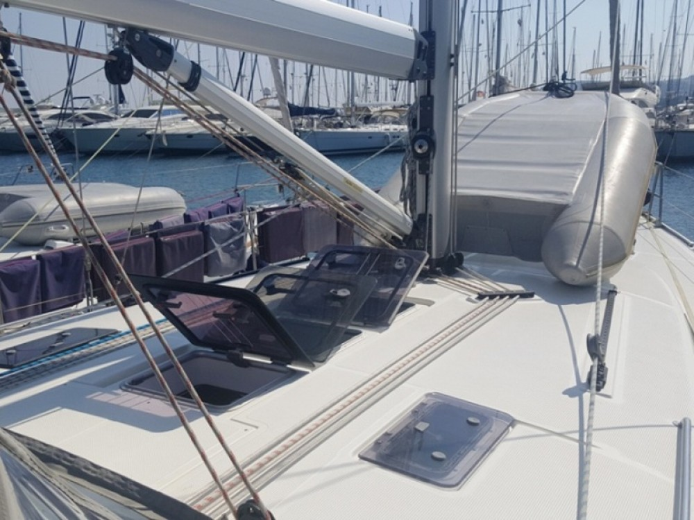 Rental yacht Skiathos - Bavaria Bavaria Cruiser 45 on SamBoat