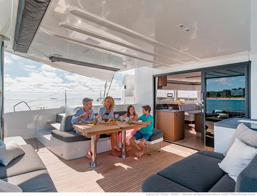 Rental Catamaran in Kaštel Gomilica - Lagoon Lagoon 50