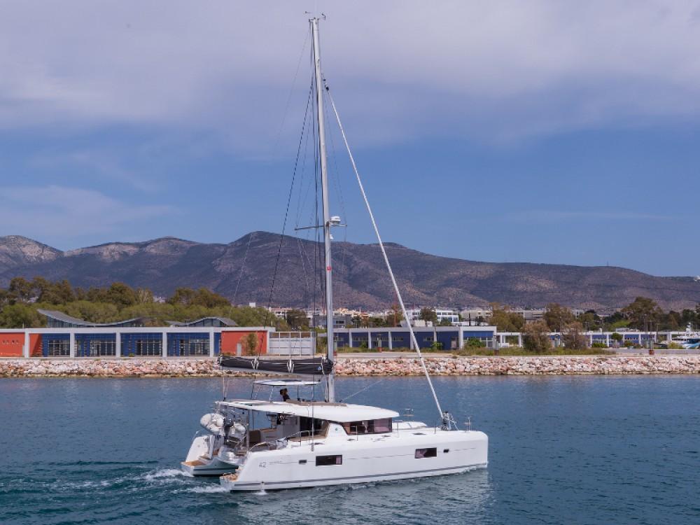 Boat rental Lagoon Lagoon 42 in Lefkada on Samboat