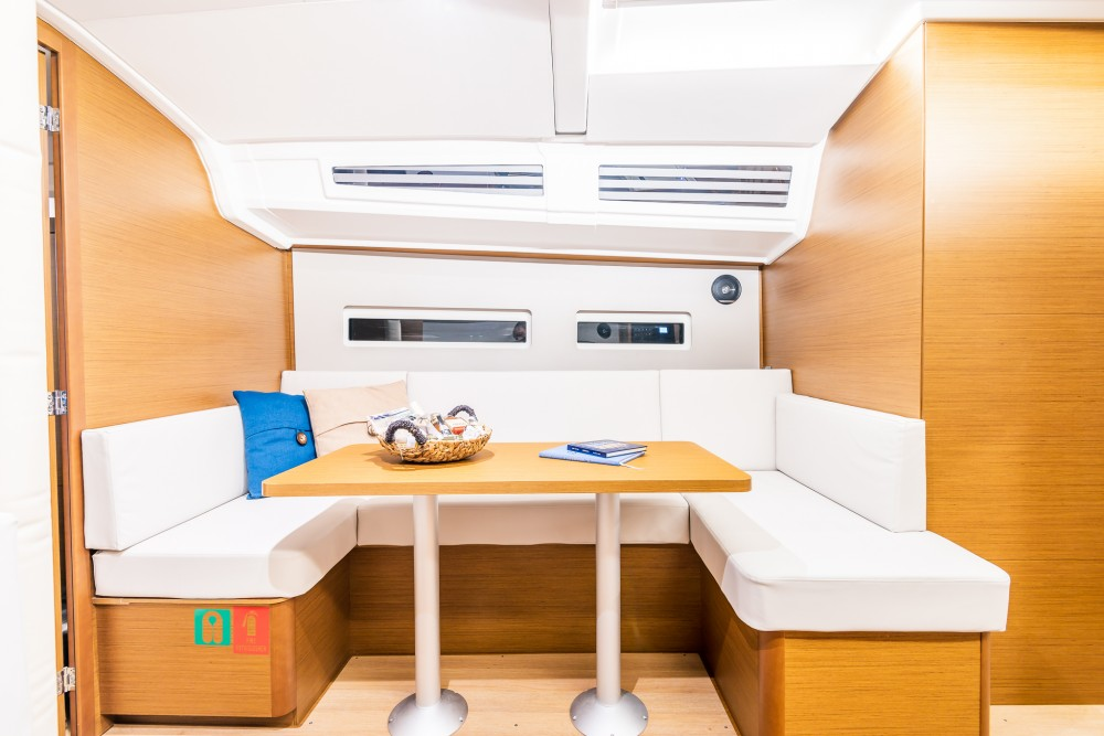 Jeanneau Sun Odyssey 410 between personal and professional Alimos Marina