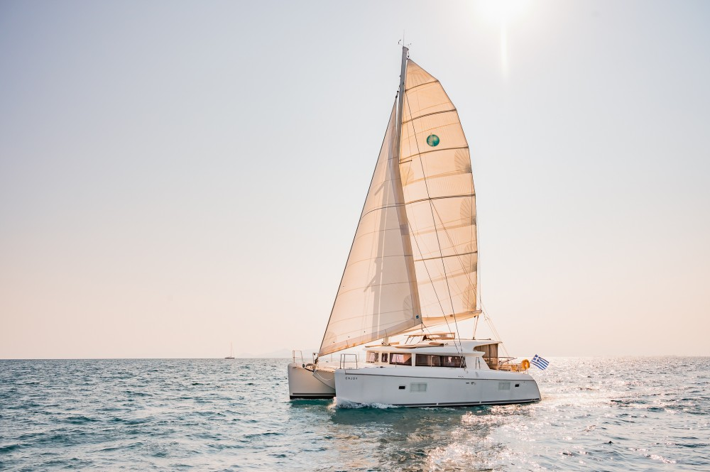 Rental yacht  - Lagoon Lagoon 421 on SamBoat