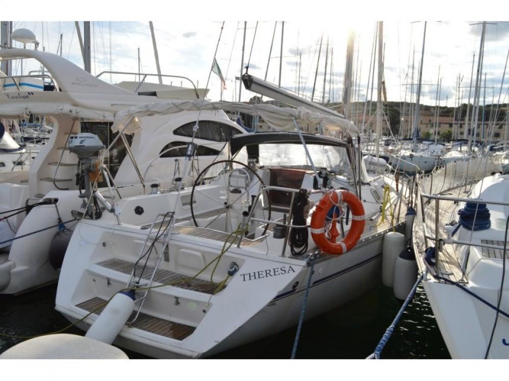 Hire Sailboat with or without skipper Jeanneau Castiglione della Pescaia