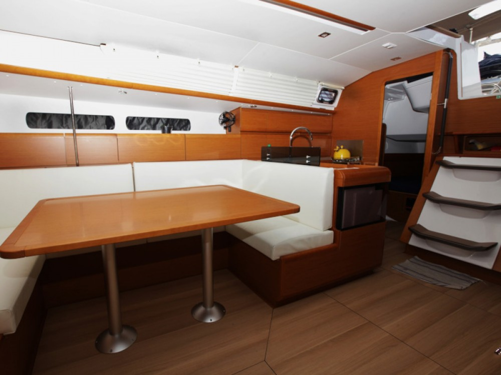 Rental yacht Tivat - Jeanneau Sun Odyssey 439 on SamBoat