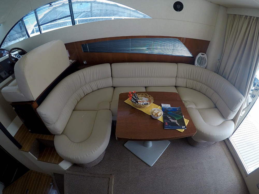 Hire Motorboat with or without skipper Fairline Šibenik