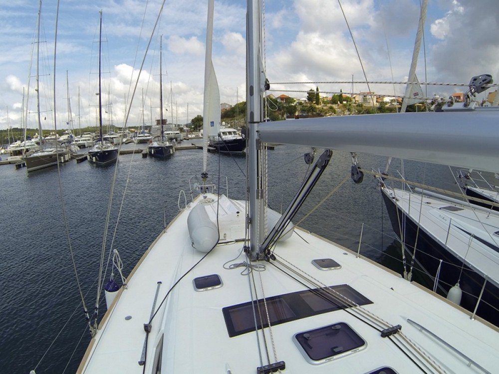 Boat rental Bénéteau Oceanis 50 in  on Samboat