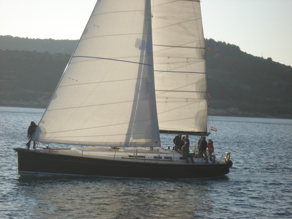 Rental yacht  - Grand Soleil Grand Soleil 50 on SamBoat