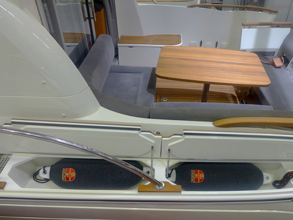 Boat rental Šibenik cheap Marex 375
