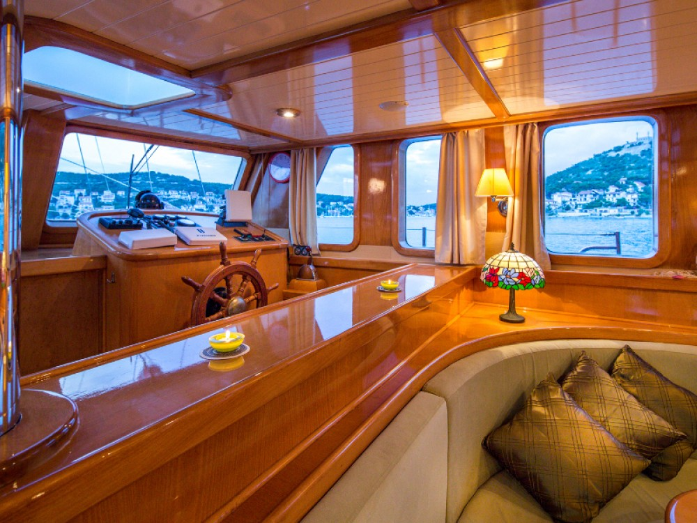 Hire Sailboat with or without skipper  Spalato