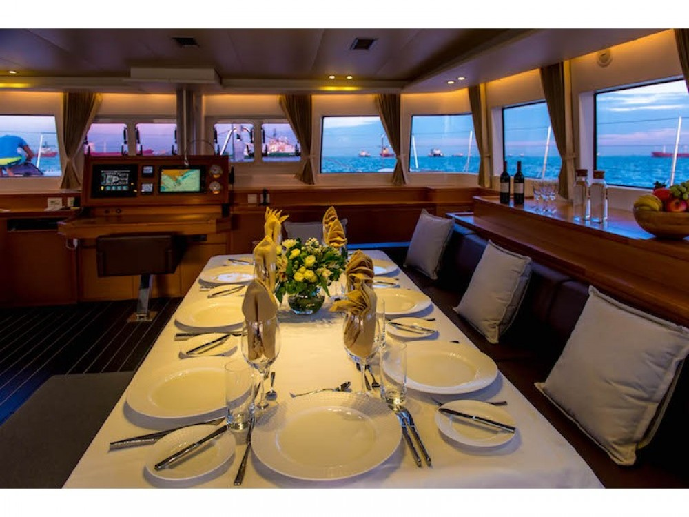 Rental yacht El Nido - Lagoon Lagoon 620 - 5 cab on SamBoat