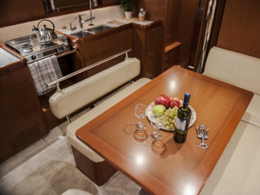 Boat rental Lefkada cheap Oceanis 43