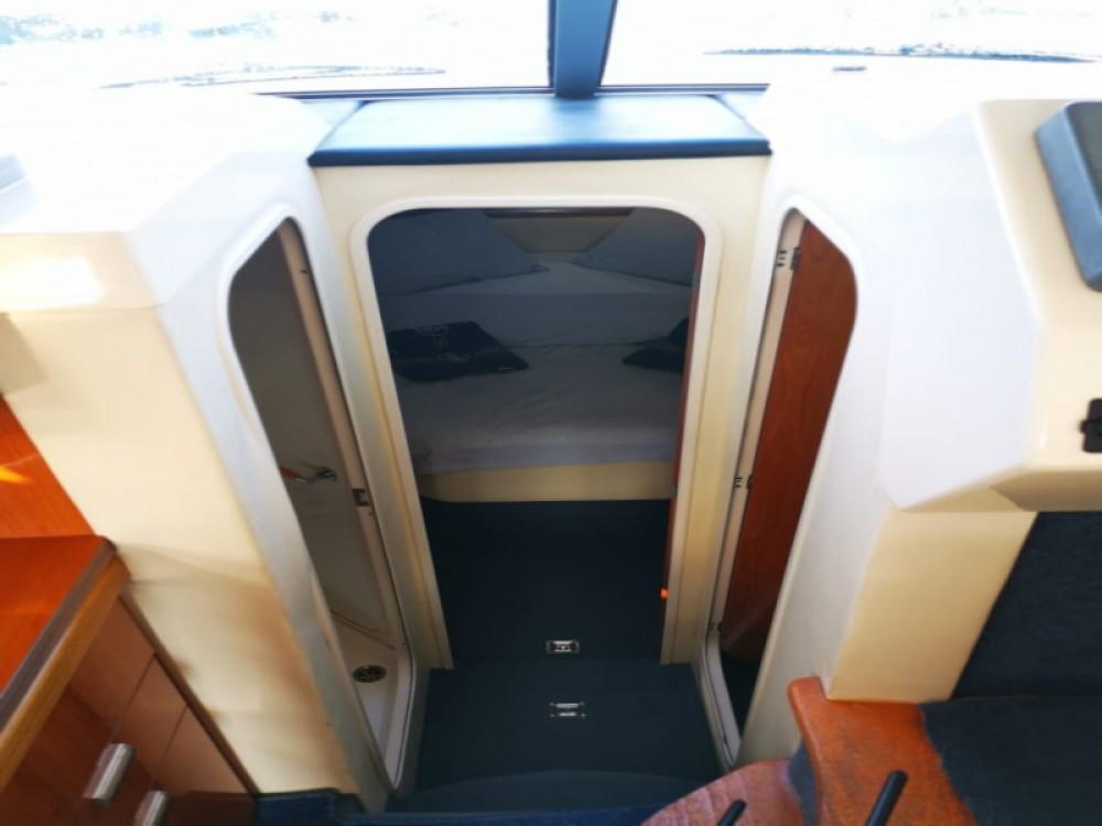 Boat rental  cheap Sealine F34
