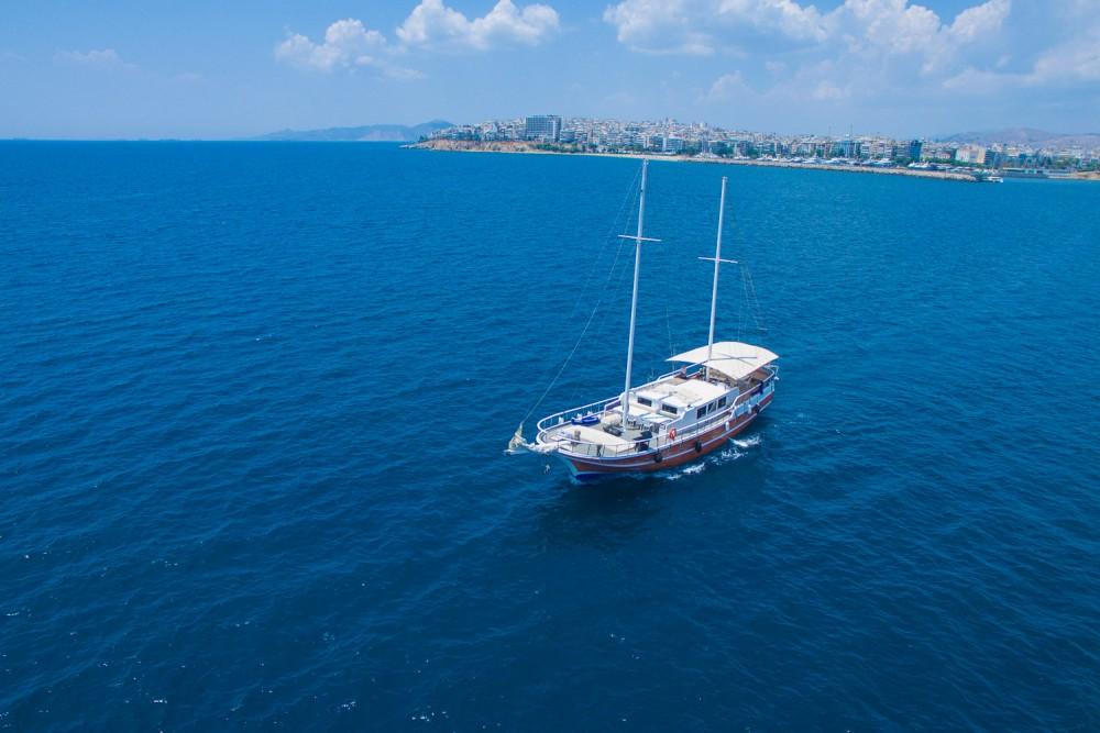 Rental Sailboat in Alimos Marina -  Gulet Aphrodite