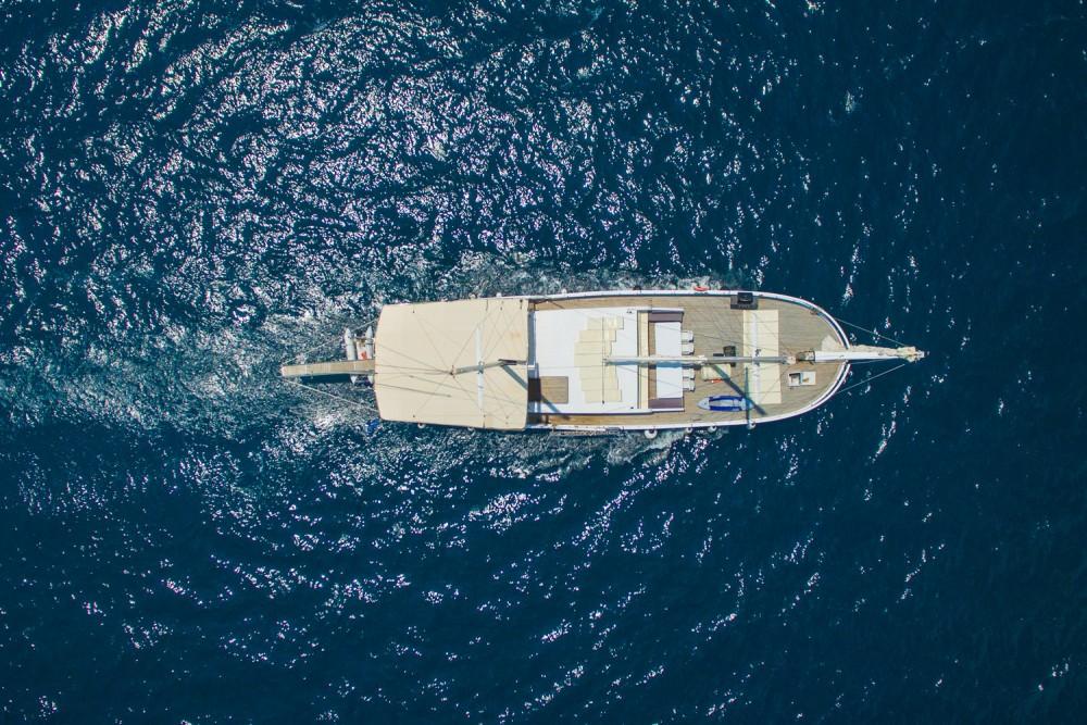 Boat rental Alimos Marina cheap Gulet Aphrodite