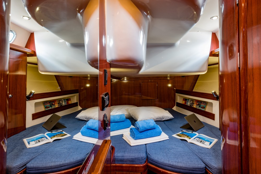 Boat rental Álimos cheap Ocean Star 56.1