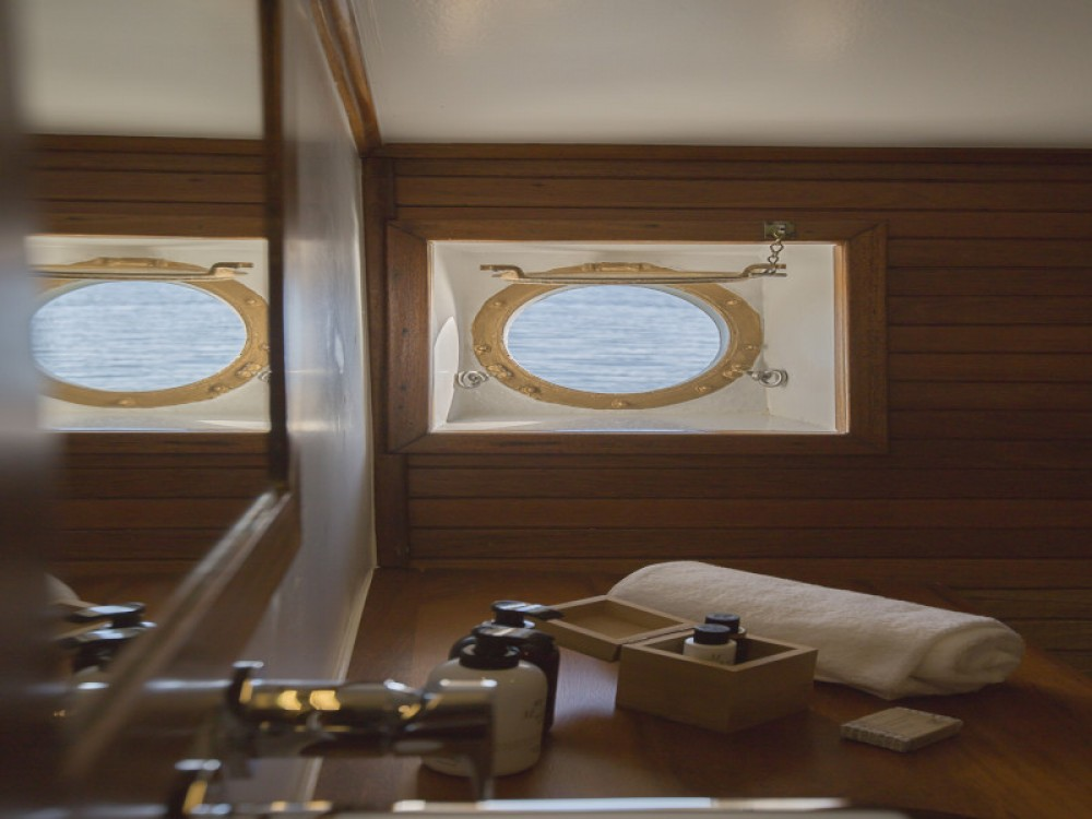 Rental Sailboat in Alimos Marina -  Gulet