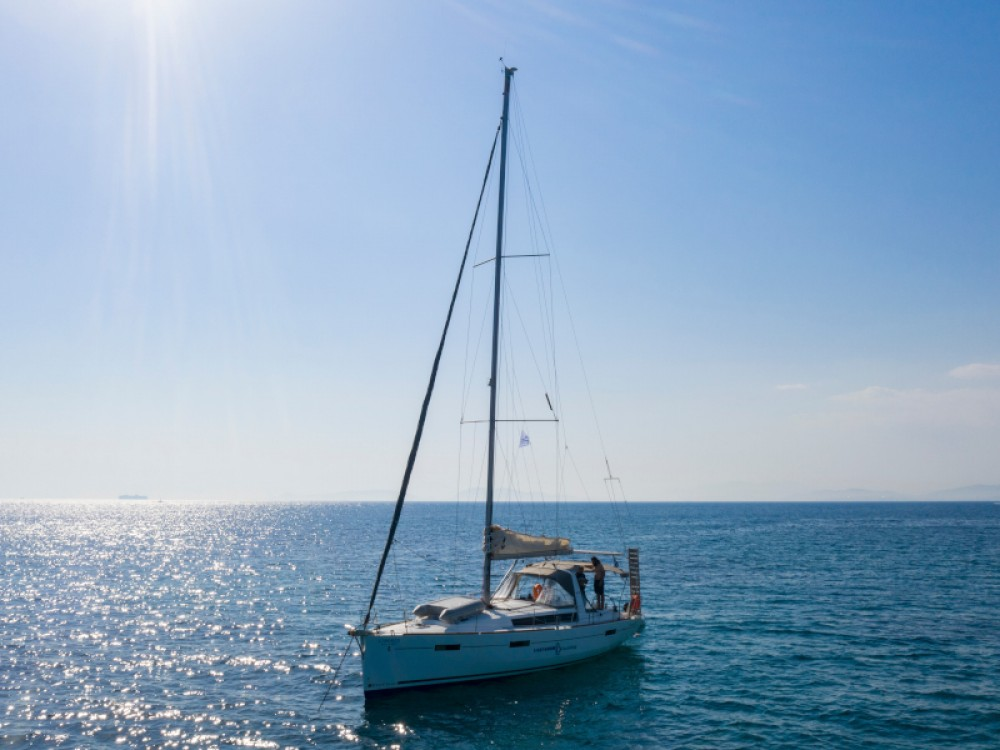 Rental Sailboat in Alimos Marina - Bénéteau Oceanis 41