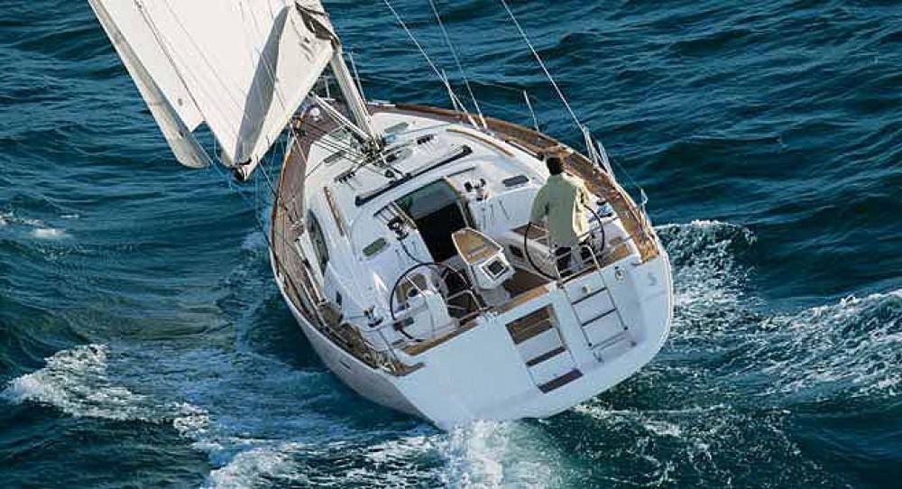Rental Sailboat in Muğla - Bénéteau Oceanis 40