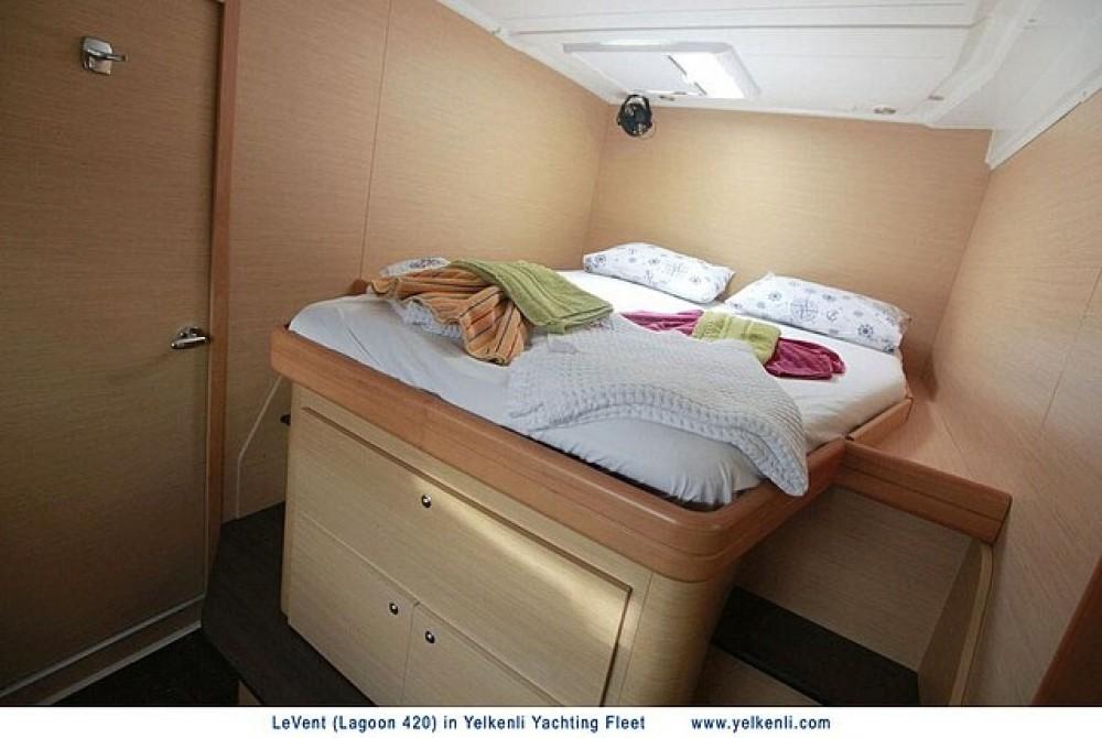 Rental Catamaran in Muğla - Lagoon Lagoon 420