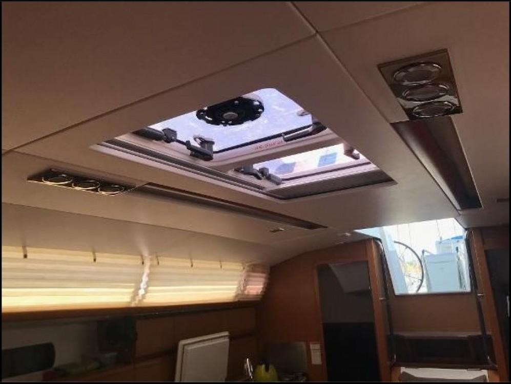 Rental yacht Split - Jeanneau Sun Odyssey 409 on SamBoat
