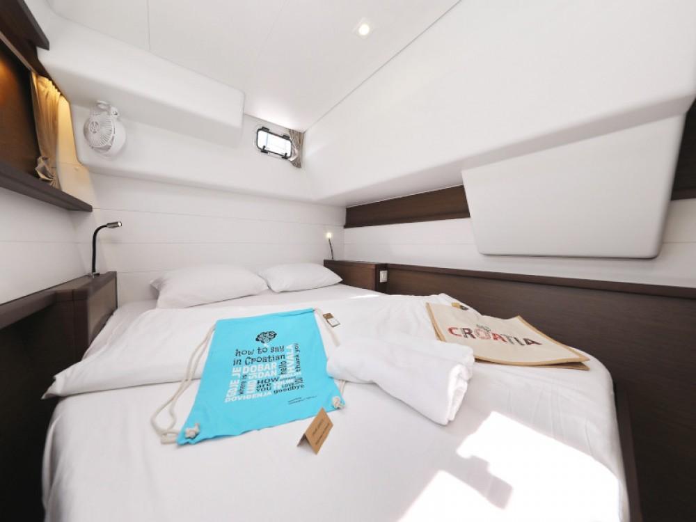 Catamaran for rent Sukošan at the best price