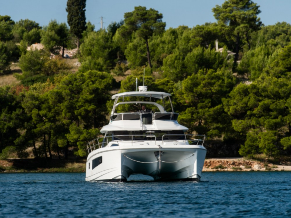 Hire Catamaran with or without skipper  Šibenik