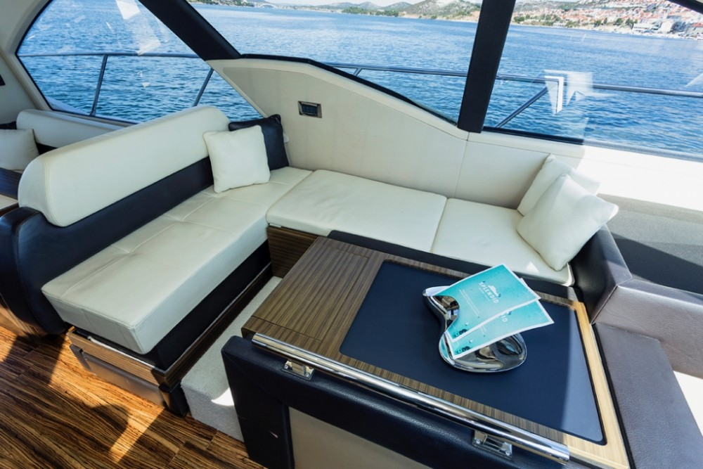 Boat rental  cheap Azimut 55 S