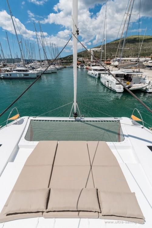 Boat rental Fountaine Pajot Saona 47 quintet in Seget Donji on Samboat