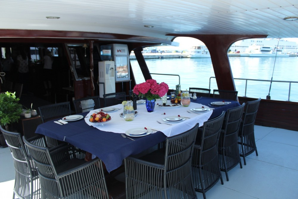 Boat rental  Gulet Barba in Split on Samboat