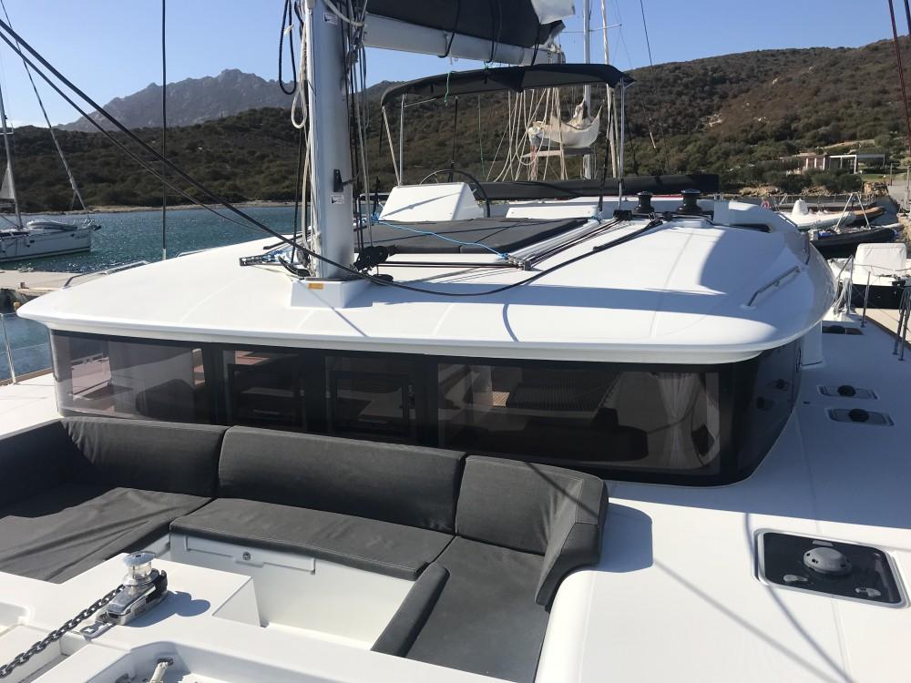 Rent a Lagoon Lagoon 450F Cala dei Sardi