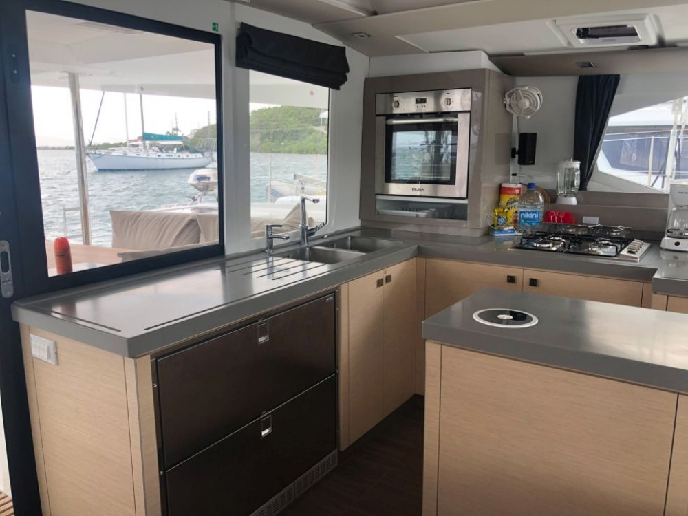 Rental yacht Road Town - Fountaine Pajot Saona 47 Owner Version on SamBoat