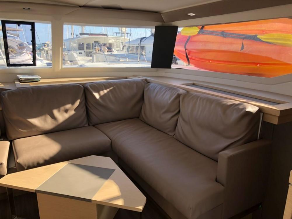 Rental Catamaran in Road Town - Fountaine Pajot Saona 47