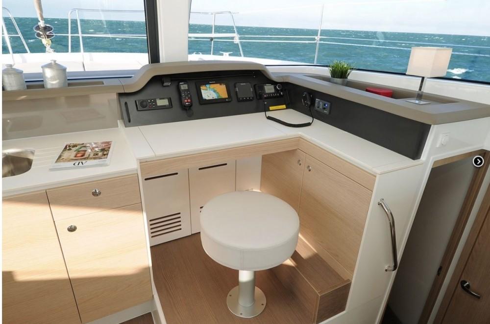 Rental Catamaran in Marseille - Bali Catamarans Bali 4.1 Owner Version