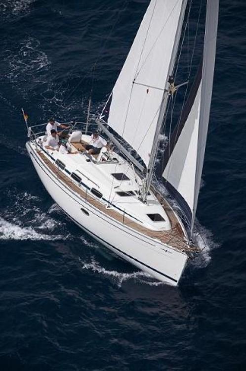 Rental Sailboat in Saint-Mandrier-sur-Mer - Bavaria Bavaria 32