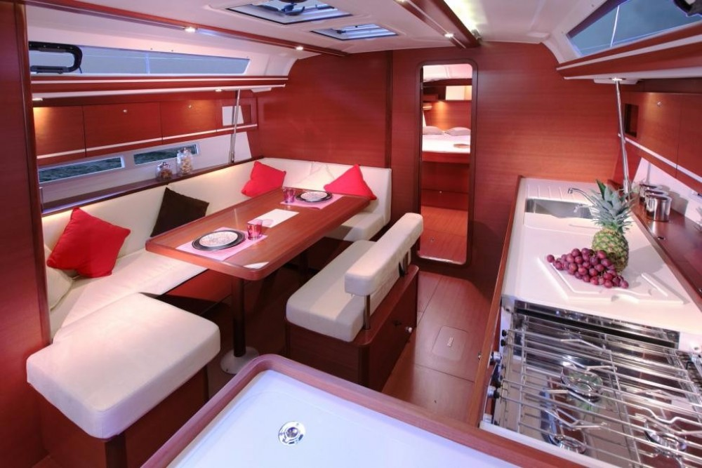 Rental yacht Saint-Mandrier-sur-Mer - Dufour Dufour 445 on SamBoat